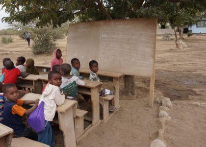 Avsaknaden av klassrum påverkar den dagliga undervisningen