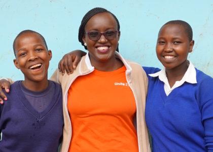 Tillgång till mensskydd gör att fler flickor går i skolan!